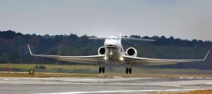 PrivateJetLandingMonmouthAirport