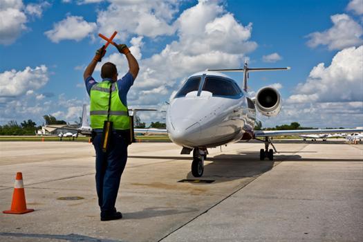 runway-jet